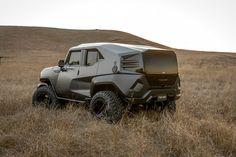 Ha megveszi ezt az autót, igazi tankkal vághat fel a szomszédnak
