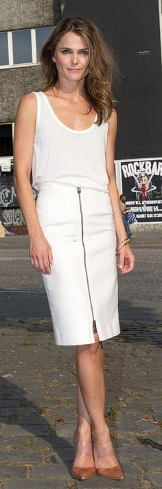 Who made Keri Russell's white tank top, zipper skirt, jewelry, and brown pumps that she wore in Berlin on July 18, 2014