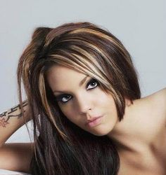 Caramel & Blond Highlights / Lowlights on brown hair. Cute hair cut too!