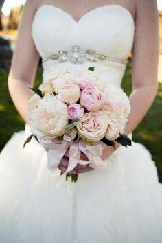 Peonías+claveles+rosas=grandiosa combinación