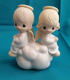 "Precious Moments ""But Love Goes On Forever"" by Jonathan & David Figurine/Precious Moments Figurine/Precious Moments E3115/Bereavement Gift by NatomisTreasures on Etsy"