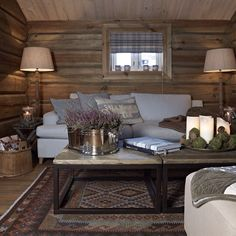 42 Inspiring Home Interior Cabin Style Design Ideas Chalet Interior, Home Interior, Interior Decorating, Interior Design, Decorating Tips, Cabin Chic, Cozy Cabin, Cozy Cottage, Cabins And Cottages