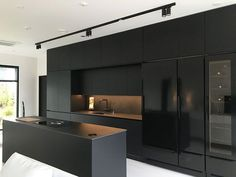 Black as the power to add refined sophistication to a room! Find some inspiratio Black Kitchen Add Black Find Inspiratio power Refined Room sophistication Home Interior Design, Home Decor Kitchen, Kitchen Plans, Kitchen Room Design, Black Kitchen Decor, Home, Minimalist Kitchen, Black Kitchens, Modern Kitchen Design