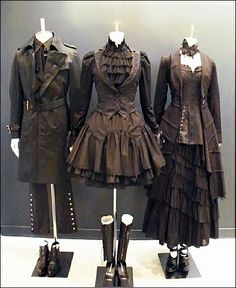 Steampunk formal wear--I don't really care for steampunk all one colour (some tans or golds would look perfect with this) but somehow this really works. I like the noir-style steampunk on the left. Costume Steampunk, Mode Steampunk, Style Steampunk, Victorian Steampunk, Steampunk Clothing, Steampunk Outfits, Gothic Outfits, Casual Steampunk Fashion, Steampunk Witch