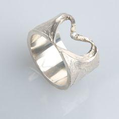 #trouwringen Rings For Men, Bracelets, Silver, Jewelry, Fashion, Moda, Men Rings, Jewlery, Jewerly
