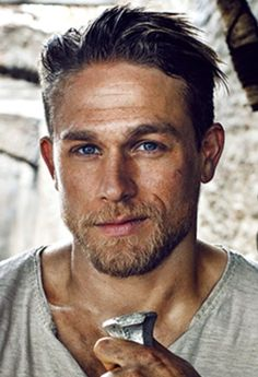 #Charlie_Hunnam #King_Arthur #Entertainment_Weekly #Close_Up