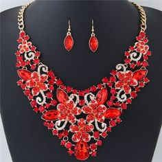Wealthy Hollow Flowers and Vines Design Luxurious Necklace and Earrings Set - Red