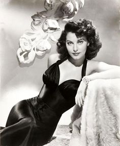 Ava Gardner, 1945 (Wow look at that dress!)