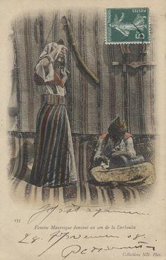 133 Femme Mauresque dansant au son de la Derbouka