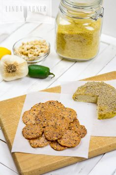 Jalapeno Cashew Cheese: only 5 minutes to make! (raw, vegan)