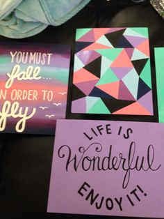 Super cute, I love the subtly matching canvases - share a color scheme Cute Canvas, Diy Canvas Art, Canvas Crafts, Diy Wall Art, Diy Art, Canvas Paintings, Canvas Ideas, Cute Crafts, Creative Crafts