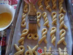 Κουλουράκια αμμωνίας φωτογραφία βήματος 6 Dessert Recipes, Desserts, Apple Pie, Waffles, Biscuits, Snacks, Breakfast, Food, Kitchen