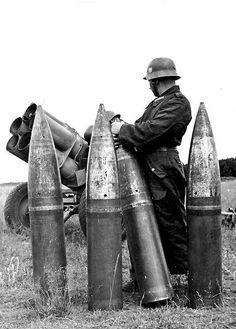 21 cm Nebelwerfer 42 Rockets   by Net-Maquettes
