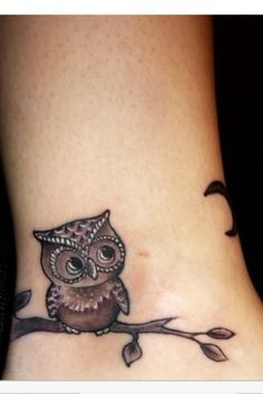 Instead of tattooing a name my guy and I have the symbolism of an owl , from one of our favorite shows, Til Death. A owl for the women whoooo I love!