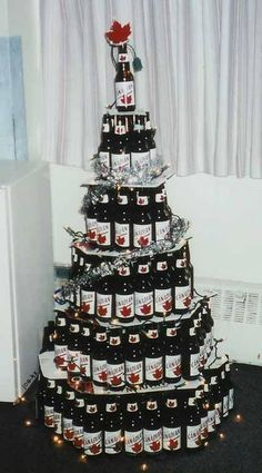 Canadian Humor: Canadian Christmas Tree--this one is hilariouos! Redneck Christmas, Christmas Beer, Christmas Humor, Christmas Ideas, Christmas Stuff, Handmade Christmas, Merry Christmas, Christmas Decorations, Unusual Christmas Trees