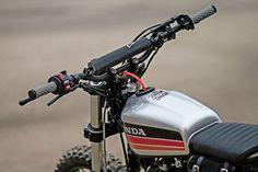 Garage Build: Tweaking the Honda French style Garage Build: A custom Honda from France Honda Scrambler, Street Scrambler, Motos Honda, Scrambler Motorcycle, Tracker Motorcycle, Moto Bike, Motorcycle Design, Custom Motorcycles, Custom Bikes