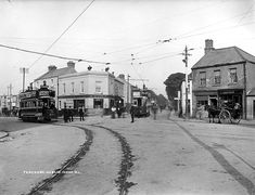 Good images on the journal about the old Dublin tram lines Here's how Dublin was served by trams over 100 years ago A little snippet of history. Old Images, Old Pictures, Old Photos, Vintage Photos, Dublin Street, Dublin City, Irish Independence, Irish Culture, Ireland Homes