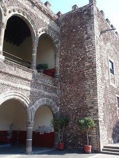 Palace of Hernan Cortes, Cuernavaca, MEXICO.   (by Richard Arghiris, via Flickr)