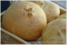 pãozinho de cebola e torresmo