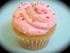 Six Sisters' Stuff: The Perfect Buttercream Icing Recipe and Cupcake Tip