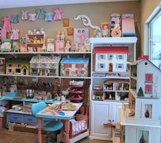 Corey Moortgat- Collage Artist: Newest Studio Remodel Dollhouse Toys, Dollhouse Miniatures, Calico Critters Families, Tin House, Doll Display, Toy Rooms, Tiny Dolls, Displaying Collections, Retro Toys
