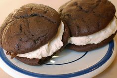 Or so she says...: Better Than Whoopie...Pies    compare to current paula