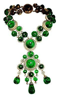 Van Cleef & Arpels old carved Indian Emeralds & diamonds