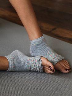 Love these darling yoga socks  http://rstyle.me/n/d85uznyg6