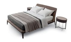 Kelly Poliform Bett kelly designed by Emmanuel Gallina for Poliform is a bed with a large and eveloping upholstered headboard and wooden base. Space Furniture, Bedroom Furniture, Furniture Design, Double Bed Designs, Most Comfortable Bed, Headboard Designs, Simple Bed, New Beds, Upholstered Beds