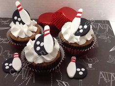 BOWLING FONDANT Cupcake, cake or cookie Toppers. Bowling Pin on Black Bowling Ball Fondant