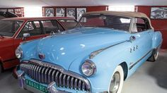 La semana pasada fue inaugurado en la localidad de Yuncos (Toledo) el primer Museo de Coches de Cine de España. Un lugar de gran interés y obligada visita para todos los aficionados al mundo del motor de nuestro país, donde encontrarán más de 100 vehículos que repasan las cuatro últimas décadas de la historia de nuestro cine a través de los coches.