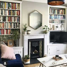 Focal Point I lusted after this west elm UK mirror for mon… - Home Professional Decoration 1930s Living Room, Victorian Living Room, New Living Room, Living Room Interior, Living Room Decor, Victorian Fireplace, Small Living, Cosy Cottage Living Room, 1930s Fireplace