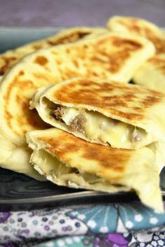 Crepe Recipes, Brunch Recipes, Cheese Naan Recipes, Quesadillas, Gozleme, Sandwiches For Lunch, Ramadan Recipes, Tacos, Fajitas