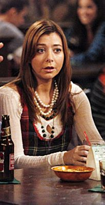 How I Met Your Mother Style: Lily Aldrin    I love this plaid tank!  I wish I could find something similar to it...