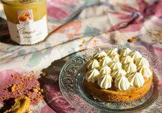 Tartelette pomme beurre salé, chantilly maison et caramel au sel de Guérande... Un délice !!! Recette sur le site Lucien Georgelin