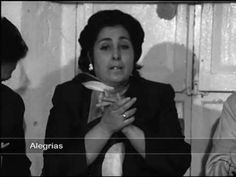 Rito y Geografïa del cante Flamenco (3,2) _ Cádiz y los puertos _ English subtitles - YouTube  Oh how I love La Perla De Cadiz!  Her expression of emotions and unique interpretation gives me goosebumps.
