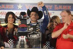 jimmie marschiert richtung titel... ThreeWide.de   Der NASCAR-Stammtisch