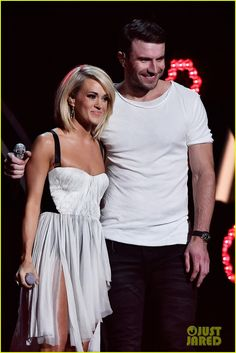Carrie Underwood & Sam Hunt's Grammys 2016 Duet Performance Video - Watch Now!: Photo #3579624. Carrie Underwood and Sam Hunt sing an amazing duet on stage during the 2016 Grammy Awards held at the Staples Center on Monday (February 15) in Los Angeles.    …