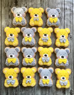 Gray and yellow teddy bears