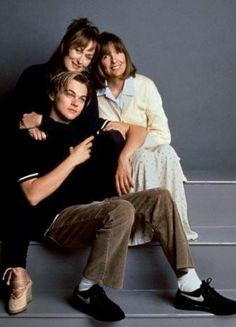 """Titanic"" - Leonardo DiCaprio - Pictures - CBS News"