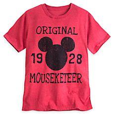 Vários modelos de camisetas MASCULINAS a partir de US$ 17.99 - valor médio, sem frete ou impostos (sujeito à alteração sem qualquer aviso). Mickey Mouse Icon Mouseketeer Tee for Men
