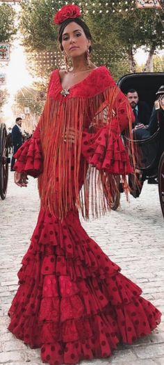 Flamenco Costume, Flamenco Dancers, Costume Dress, Dance Dresses, Cute Dresses, Flamenco Dresses, Spanish Fashion, Spanish Style, Tribal Costume