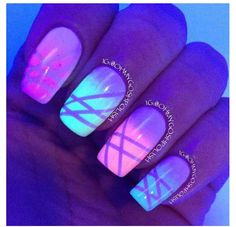 Awesome glowing nails