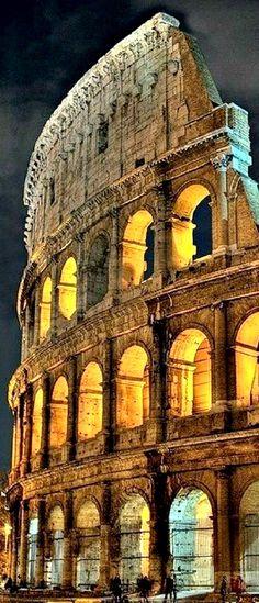 """Coliseo - Rome, Italy ¿Por Qué Roma? Imagina un recorrido guiado en la """"Ciudad Eterna"""" finalizando en San Pedro Vaticano, donde podrás conocer la Basílica y los museos, por la noche incluimos un traslado al Trastévere, animado barrio de la ciudad conocido por sus típicos pequeños restaurantes, puedes complementar tu tarde libre con una excursión opcional a Nápoles, Capri y Pompeya. ViajesPaola #ADondeQuieras"""