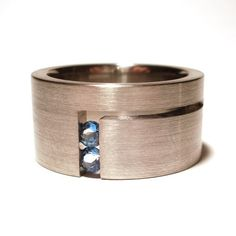 It Could Be A Wedding Band | Paul Phillips | noformdesign | MORE on http://www.pinterest.com/tiptoptrinkets/jewelry-i-love/