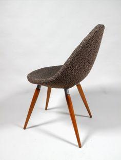 Skořepinová židle čalouněná