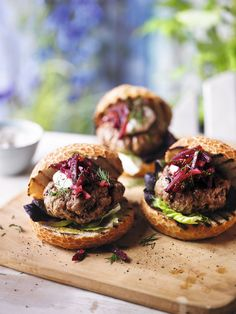 Try these succulent lamb burgers with beetroot relish and a creamy, Middle Eastern-inspired alternative to mayo. Find more barbecue recipes on the Waitrose website. Homemade Apple Juice, Lamb Burger Recipes, Beetroot Relish, Date Night Recipes, Dinner Recipes, Healthy Food Alternatives, Lamb Burgers, Relish Recipes, Barbecue Recipes