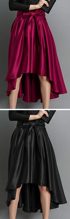 Looking for effortless romance? This elegant bow deco high low midi skirt is exactly the piece you've been looking for.Discover your fashion style at OASAP with amazing prices!