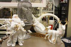 White Christmas at Paris Flea Market December Event