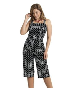 Hiroshima – Macacão pantacourt em jersey acetinado Casual Outfits, Fashion Outfits, Womens Fashion, African Print Pants, Jumpsuit Pattern, Pants Outfit, Well Dressed, Casual Chic, Casual Looks